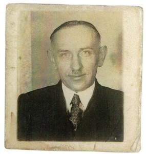Der Kriminal-Beamte bei der Gestapo-Frankfurt: Gotthold Fengler (Aufnahme ca. 1940) © Irene Thiel