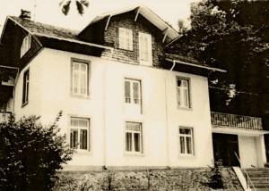 """In den vierziger Jahren ist das Haus """"Am Wildenstein"""" in Büdingen ein NS-Kinderheim. Hier bringt Hedwig Wittekind die kleine Tanja unter. (Aufnahme nach 1945) © Stadtarchiv Büdingen"""